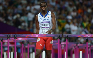 Dayron Robles reaparecerá en Trinidad y Tobago