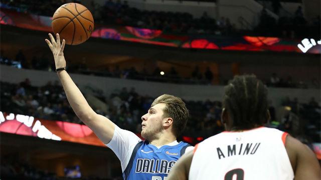 Un espectacular Doncic lidera la remontada de los Dallas ante los Rockets