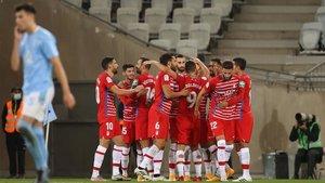 El Granada celebrando un gol
