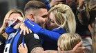 Mauro Icardi se abraza con Wanda Nara y sus hijos