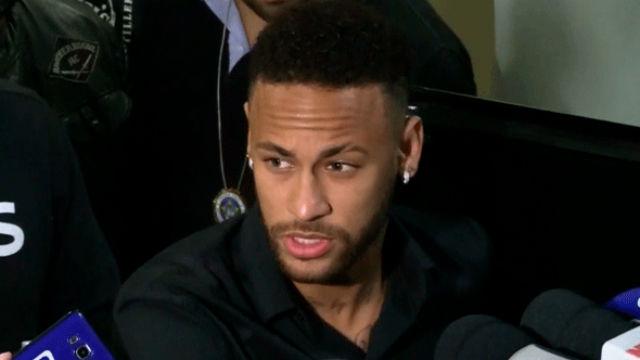 Neymar presta declaración sobre los polémicos videos