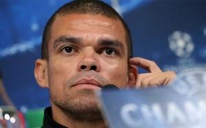 Pepe estaría meditanto su futuro en el Real Madrid
