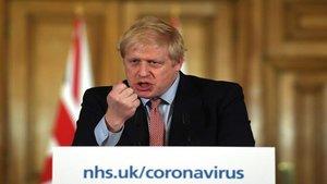 Reino Unido está pensando en confinarse de nuevo contra la Covid-19