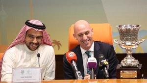 Rubiales se siente orgulloso de que la Supercopa se juegue en Arabia Saudí