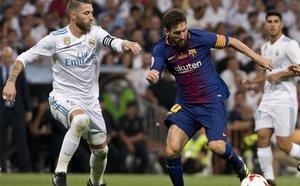 Sergio Ramos y Leo Messi en la Supercopa de España 2017/18