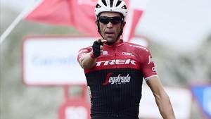 El último disparo de Contador, en el Angliru
