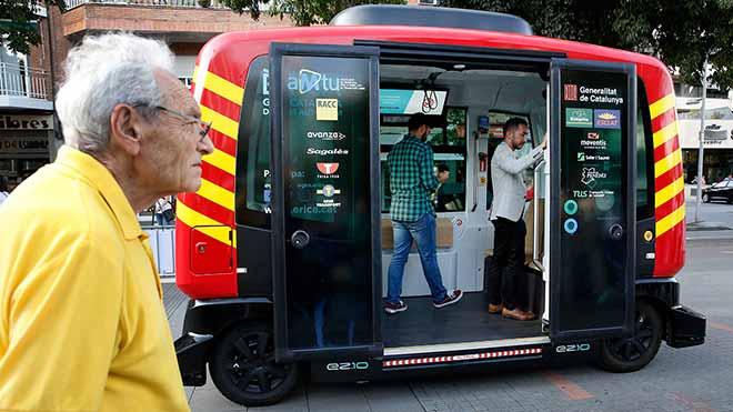 Prueba el primer bus autónomo, sin conductor, de Catalunya.