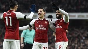 El Arsenal puede verse obligado a vender a Bellerín si quiere renovar su proyecto deportivo