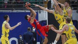 Duelo entre el CSKA y el Alba Berlín