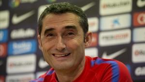 Ernesto Valverde, durante la rueda de prensa de este viernes
