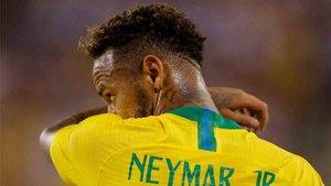 Florentino Pérez sigue soñando en fichar a Neymar