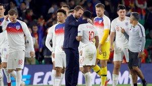 Inglaterra venció 3-2 a España con una gran actuación de Sterling