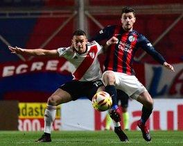 Las promesas que sigue el FC Barcelona en Sudamérica: Marco Senesi (San Lorenzo). Defensa central. 21 años. Estatura: 1,84 cm. Peso: 80 kg.