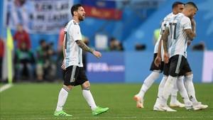 Messi firmó el 0-1 en la primera parte
