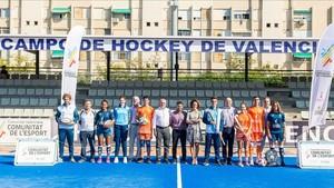 La presentación de las equipaciones se produjo en las instalaciones del Polideportivo Municipal de Beteró