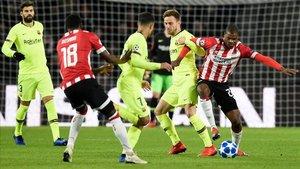 El PSV ha salido a buscar la portería del FC Barcelona