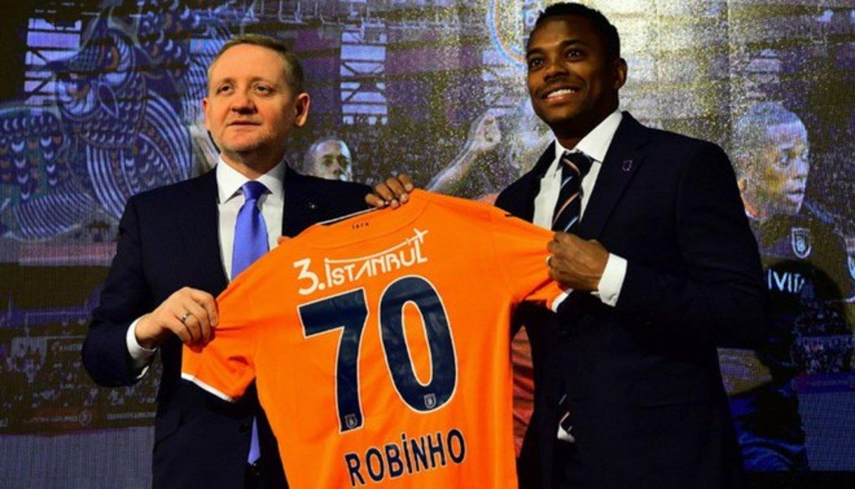 Ramsey có nên gia nhập Juventus ? Robinho-militara-con-segundo-equipo-turquia-1546850820989