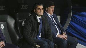 Valverde, en el banquillo del Bernabéu