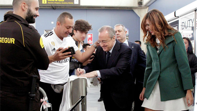 Vitorean a Florentino a su llegada a Melilla