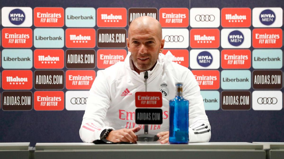 Zidane advierte que Hazard no jugará hasta que no esté al cien por cien