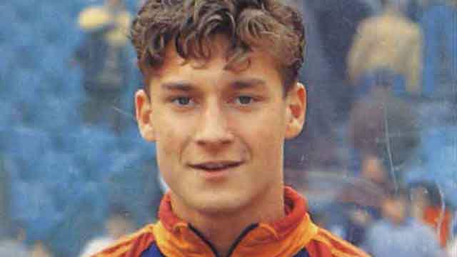 27 años del debut de Totti, il eterno capitano