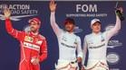 Hamilton, flanqueado por Vettel y Bottas tras conseguir la pole