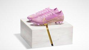 Las preciosas botas de Nike para Megan Rapinoe