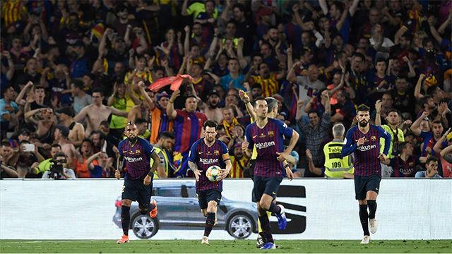Lenglet asistió a Rodrigo... Y Piqué salvó en línea de gol