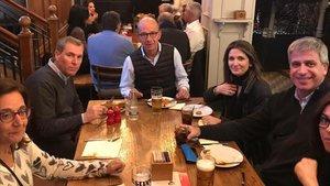 Los directivos blaugrana cenaron en un céntrico pub de Liverpool