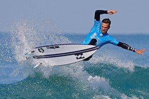 Luis Díaz de las Islas Canarias compite en el Seat Pro Netanya WSL que se celebra en Netanya (Israel)