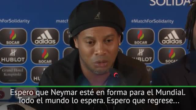 Ronaldinho confía en la vuelta de Neymar