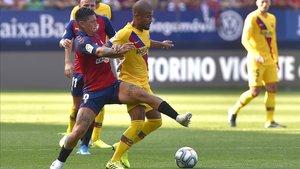undefinedbarcelona s brazilian midfielder rafinha r vies 190831181700