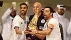 Xavi Hernández quiere levantar otro trofeo